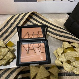 NARS l Illicit blush